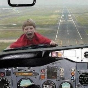 kid & plane